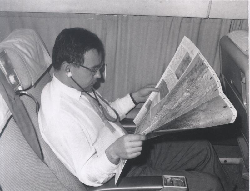А.П. Ершов в самолете по пути в Сан-Франциско. 1965 г.